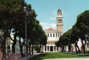 thumbnail_rotonda-chiesa257