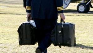 football-la-valigetta-con-cui-il-presidente-puo-lanciare-l-attacco